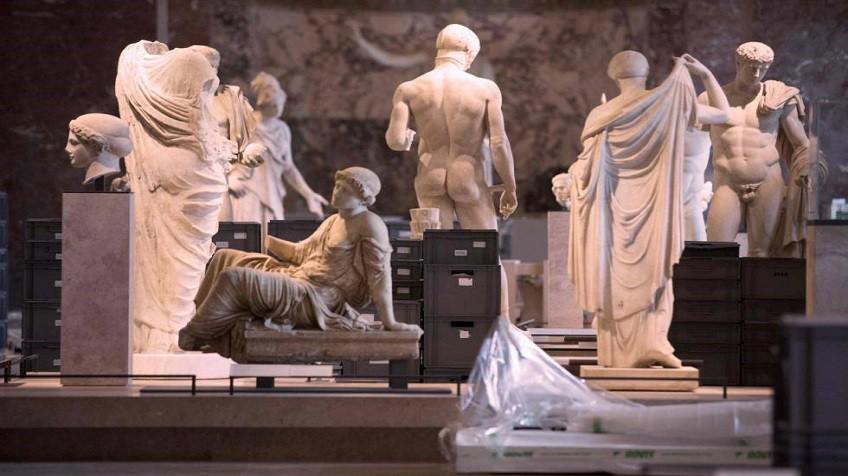Resultado de imagen de Evacuación de antigüedades en el Museo de Londres