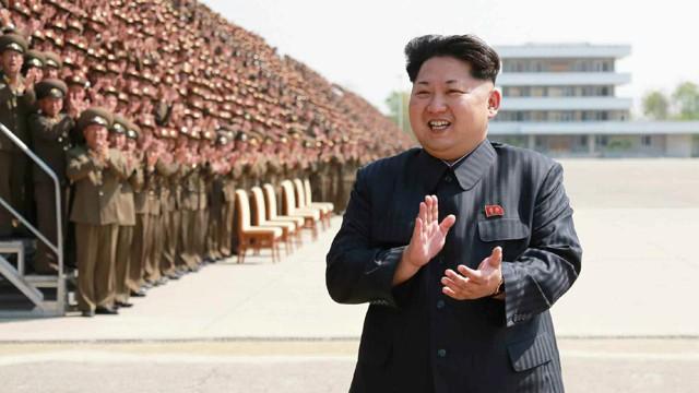 """""""Ejecutan con un cañón antiaéreo"""" al ministro de Defensa de Corea del Norte 1431522420_120953_1431523163_noticia_fotograma"""