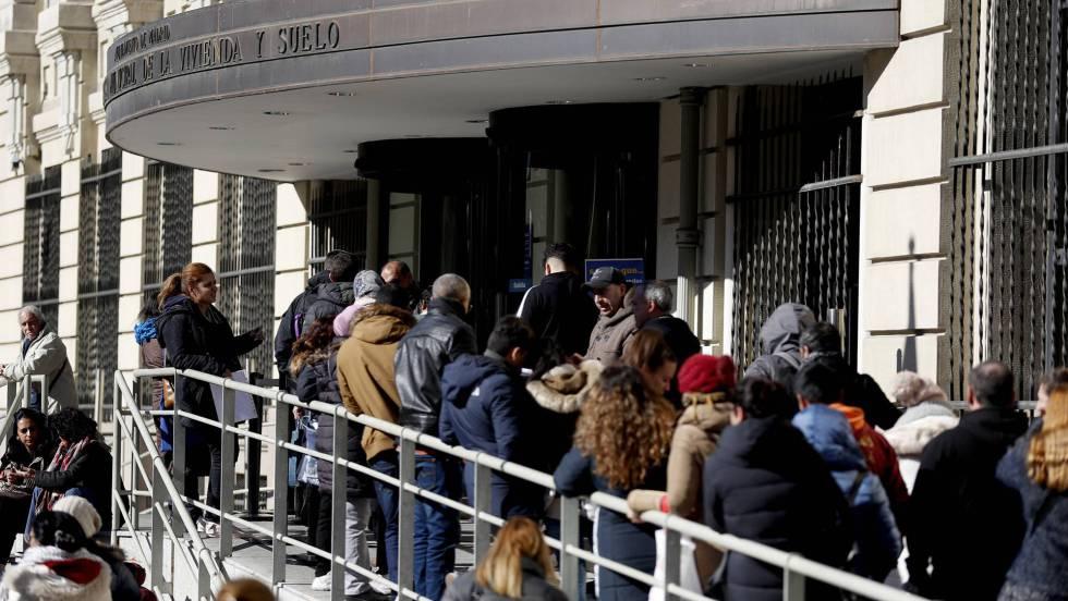30.000 personas para acceder a 288 viviendas en alquiler en Madrid
