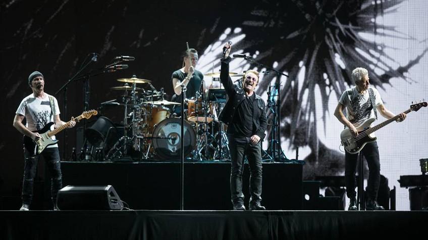 Trecho do show do U2 em Barcelona.