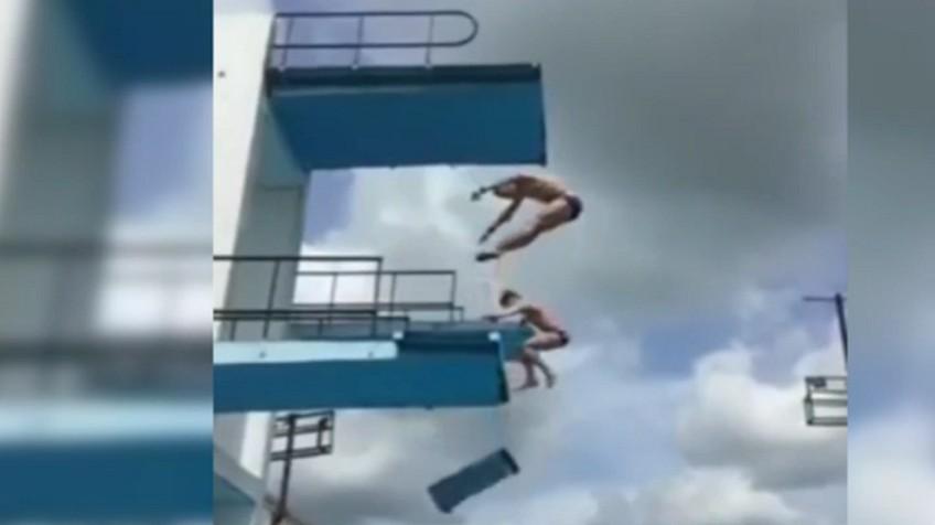 Juegos de saltos de trampolin good tras recoger la for Clausula suelo desde cuando se aplica