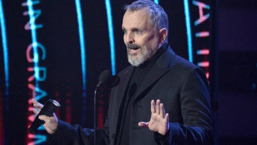 Miguel Bosé reaparece en los Grammy Latinos y despierta la alarma entre sus seguidores