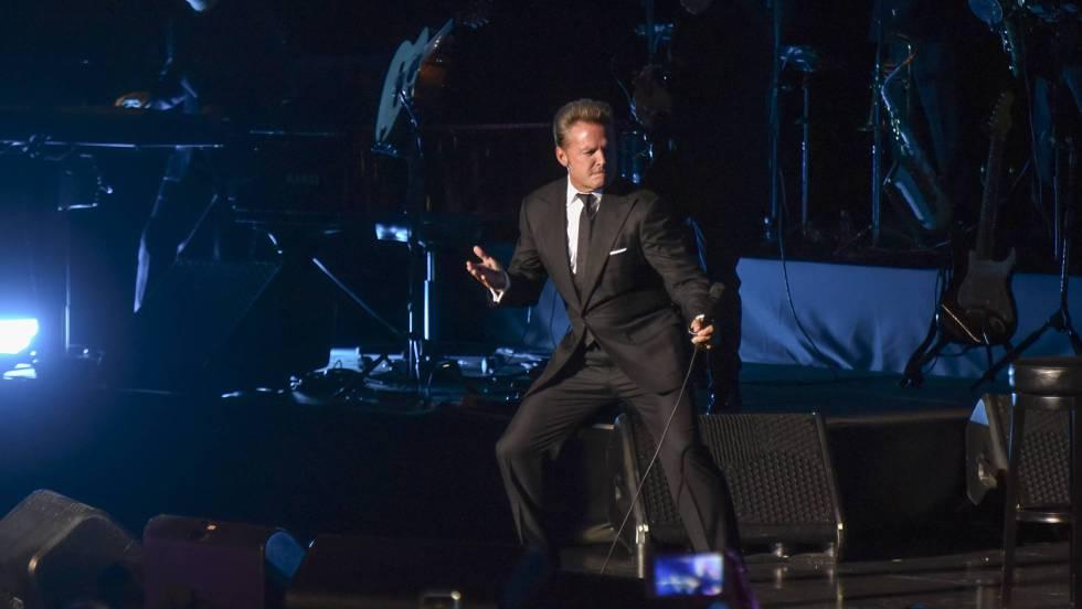 Luis Miguel la vuelve a liar en un concierto