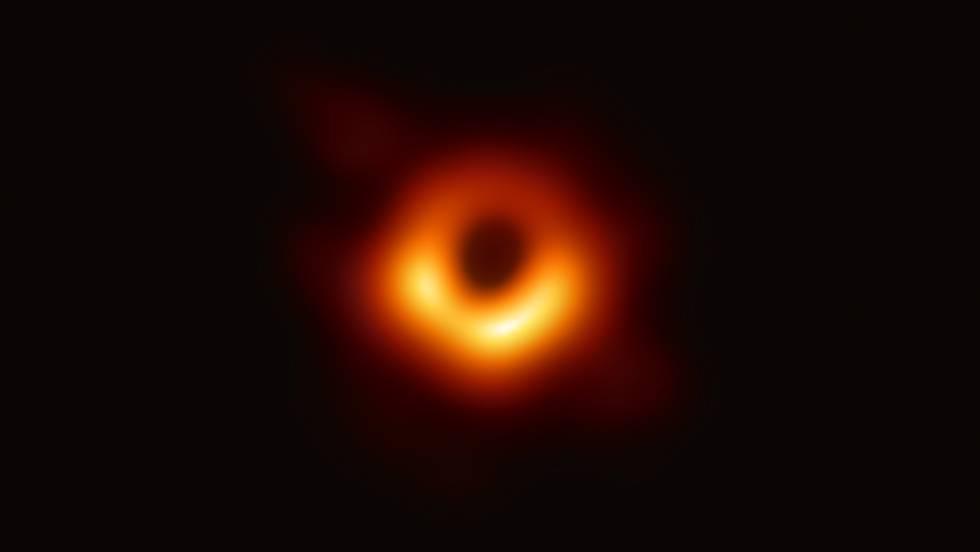 Esta es la primera imagen jamás tomada de un agujero negro 1554891419_402732_1554909097_noticia_fotograma