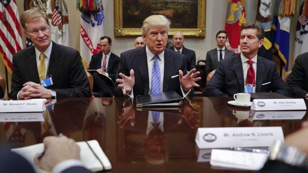 Resultado de imagen de se diría que en los Estados Unidos de la época Trump también se van a dar recortes en ciencia.