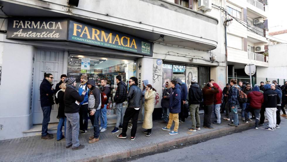 La venta en farmacias de la marihuana uruguaya se topa con los bancos