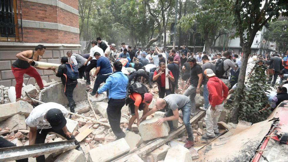 Fuerte y destructivo terremoto sacude México 1505845600_736646_1505857286_noticia_fotograma