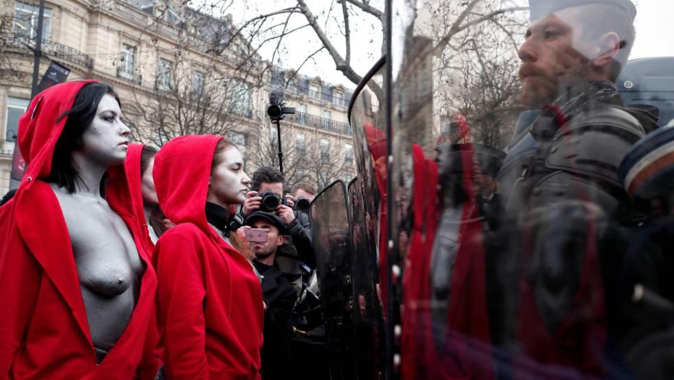 CHALECOS AMARILLOS. Nueva jornada de protestas de los 'chalecos amarillos', en directo: 150 detenidos en París