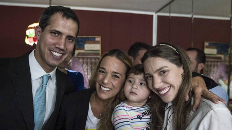 Guaidó denuncia intimidación a su familia mientras aumenta la censura