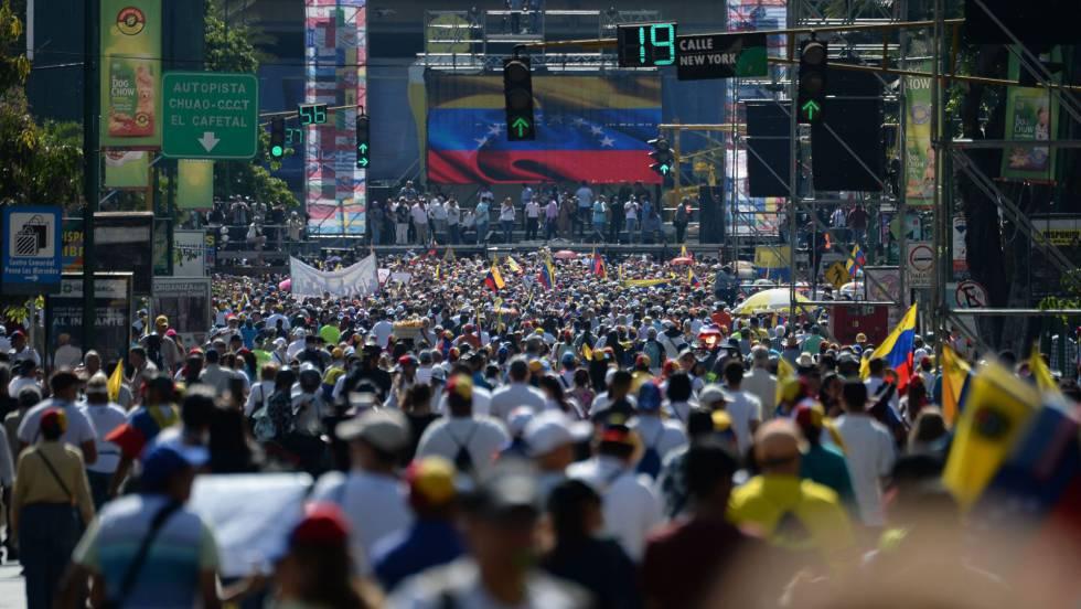 Guaidó llama a los ciudadanos a movilizarse en la celebración del 20 aniversario de gobierno chavista