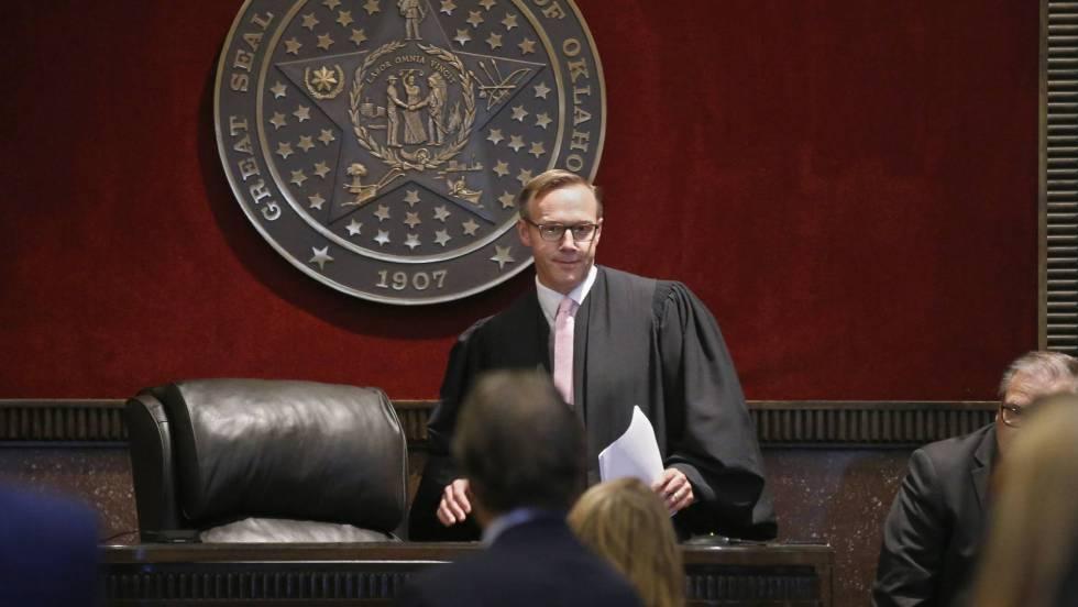 un-juez-ordena-a-johnson-johnson-pagar-515-millones-por-su-papel-en-la-crisis-de-los-opioides-en-ee-uu